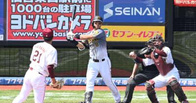阪神・ドラ1佐藤輝 同じ4球団競合1位の楽天・早川との初対決は無安打1三振