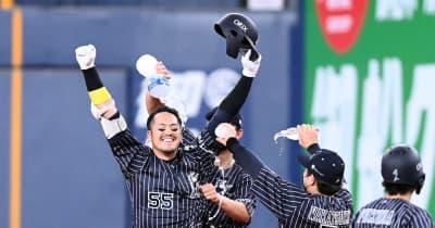 オリックス・T-岡田がサヨナラ打 交流戦Vオリ快進撃!4年ぶり6連勝締め