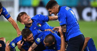 ロカテッリがドッピエッタ!イタリアが3発快勝で決勝T進出一番乗り!