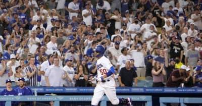 """【MLB】5万人超のファンと大歓声… 現地記者が見た""""日常""""が戻りつつあるボールパーク"""