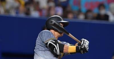 投球直撃で途中交代の阪神・佐藤輝「全然、大丈夫」矢野監督が無事を強調