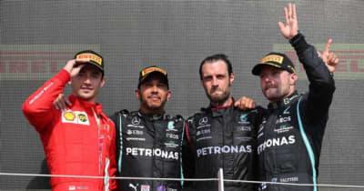 フェルスタッペンが1周目にクラッシュでリタイア。ハミルトンは10秒ペナルティも母国で通算99勝目【決勝レポート/F1第10戦】