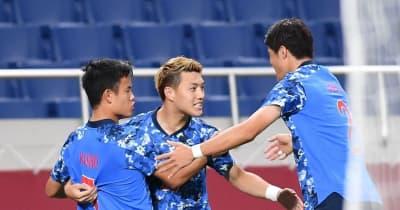 サッカー 日本が前半2-0で折り返す 難敵メキシコ相手に久保、堂安がゴール