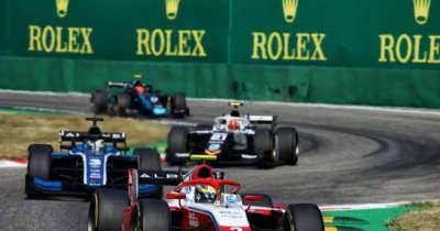 アルピーヌ育成のピアストリが2勝目。佐藤万璃音はマシントラブルでリタイアに【FIA-F2第5戦イタリア レース3】