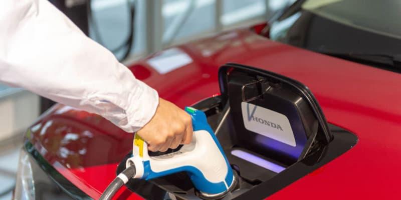 電気自動車が「電欠」になった時にどうする? やるべき事・やってはいけない事とは