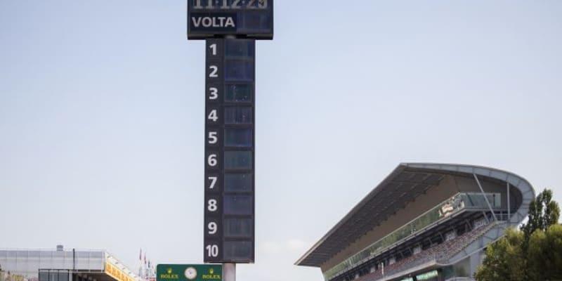 FIA、F1スペインGPでもコーナーショートカットを厳しく取り締まり