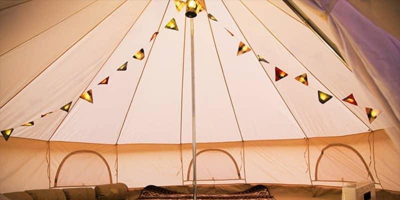 キャンプの夜は映画を観よう! アウトドアで楽しめるモバイルプロジェクターおすすめ5選