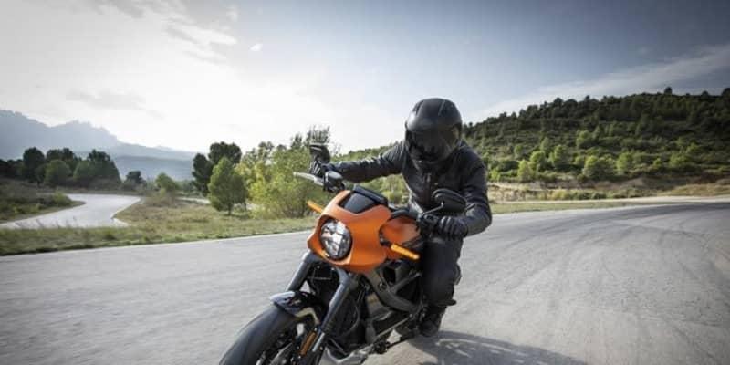 ハーレー ライブワイヤー、2021年春の日本導入発表 0-100km/h加速3秒の電動モーターサイクル