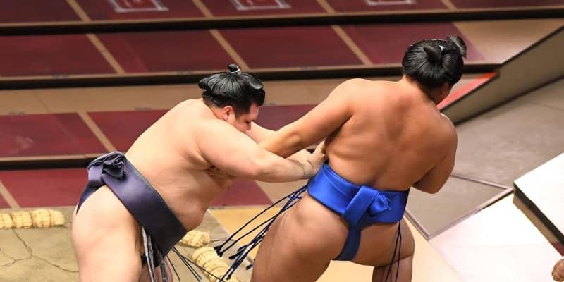阿武咲が琴勝峰との2敗対決制す