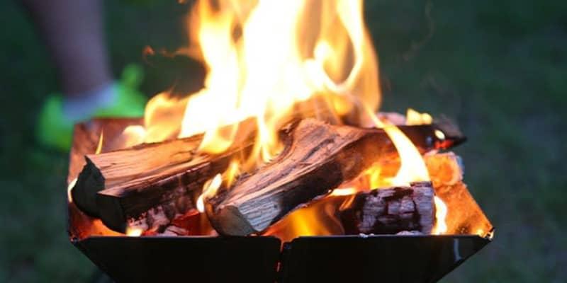 迷ったらコレだ! 定番・スノーピークの焚き火台が選ばれる理由とは【アウトドア焚き火台】