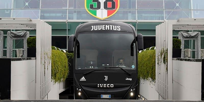 変革のユヴェントス、風格漂う「新チームバス」を見よ
