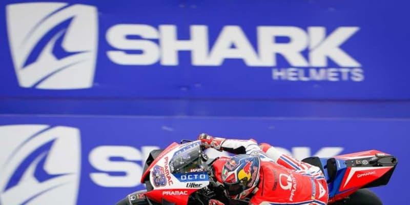MotoGP第10戦:ウエットから変化する路面状況のなか、ミラーが初日総合トップ。中上は総合3番手