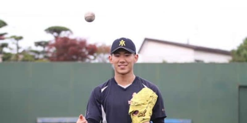 【高校野球】昨年は巨人ドラ1の真後ろで祝福…青森山田150キロ右腕の目標は「山本由伸さん」