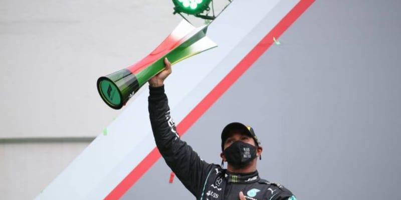 ハミルトンがポール・トゥ・ウインで通算92勝目、史上最多記録を樹立。フェルスタッペン3位【決勝レポート/F1第12戦】