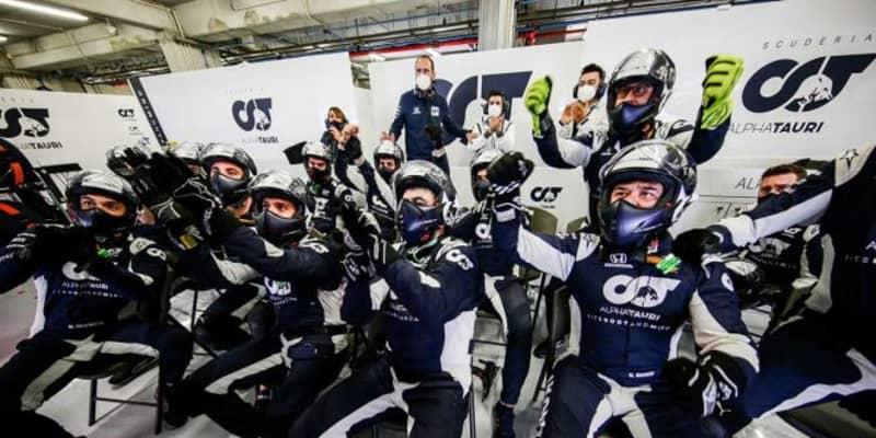 【F1第12戦無線レビュー(2)】ガスリーの走りにチームも称賛「本当に素晴らしかった。今夜は飲もうぜ」