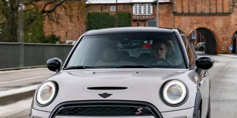 MINI ハッチバック 5ドア に改良新型…表情刷新 3月欧州発売