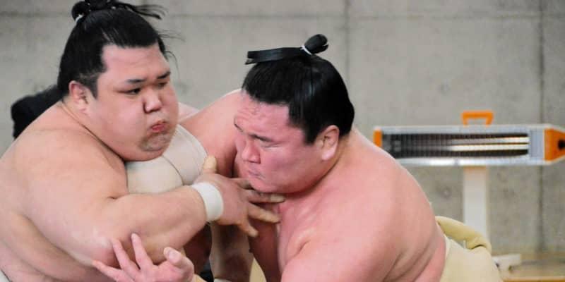 白鵬 再起へ「上出来」合同稽古最終日、阿武咲に20勝10敗