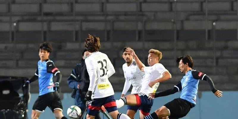 川崎FW家長が前半だけで2発!J1開幕戦2-0で後半へ 横浜Mの守備はがす