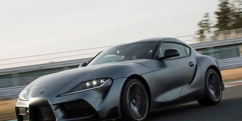 トヨタ スープラはこれぞスポーツカーという曲線美! 伝統の手法を用いたデザインを写真でチェック