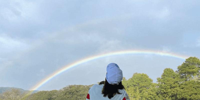 「ご無沙汰しております」渋野日向子が虹をシェアし話題に