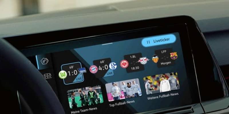 VW ゴルフ 新型、サッカーファン向けアプリ車載化…欧州発表