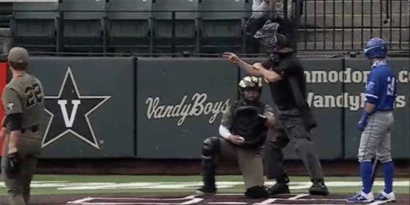 """「何年野球をやっているの?」""""挙動不審""""が招いた打者の初歩的ミスにファン失笑"""