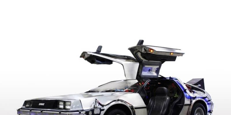 バイオ燃料で走った世界唯一の『デロリアン』を展示 横浜で3月4-7日
