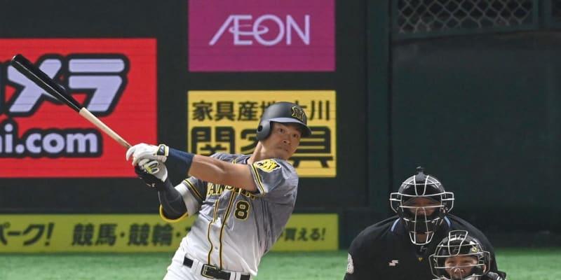 阪神のドラフト1位の佐藤輝がオープン戦初打席で豪快アーチ モノノフ対決を制する