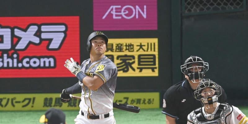 阪神・佐藤輝が34年ぶりの快挙 OP戦初打席で本塁打 球団では87年の八木裕以来