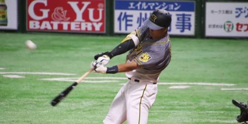 阪神ドラ1佐藤輝、初OP戦で2安打デビュー 初打席アーチが決勝弾となり鷹に勝利