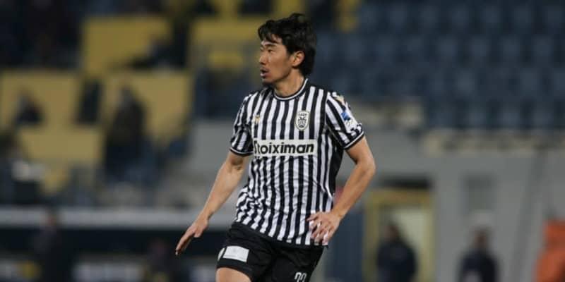 PAOK香川真司、前半45分で交代…現地は「足を引っ張った」と指摘