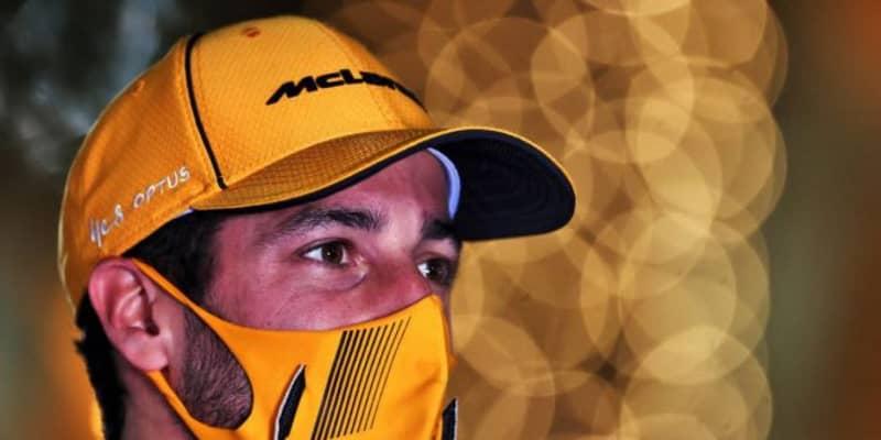 """リカルド、マクラーレンF1でも""""賭け""""。表彰台獲得の際は『NASCARの名車をドライブ』とCEOが約束"""