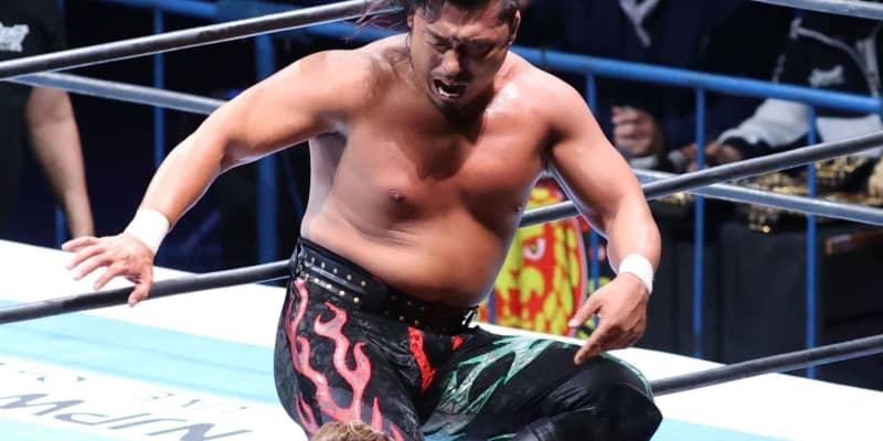 新日本・鷹木 初の前哨戦でオスプレイ撃破!世界ヘビー奪取して「オカダの前に立つ」