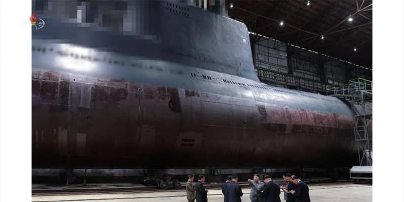 北朝鮮 新型潜水艦を完成か 弾道ミサイル搭載も