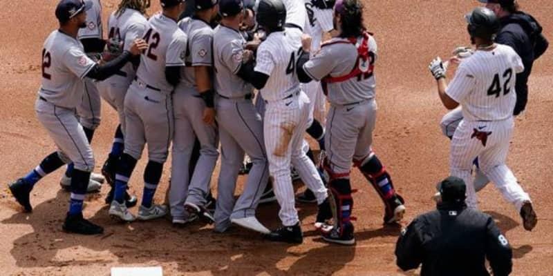 "【MLB】乱闘に発展したクロスプレー ファンは""賛否両論""「酷い判定」「間違っていない」"
