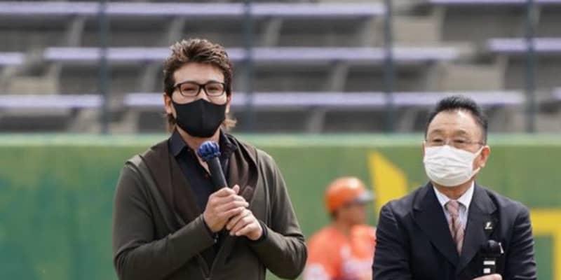 """「監督は嫌だけどコーチはやりたい」新庄氏が日本球界復帰の""""恩人""""に語った今後"""