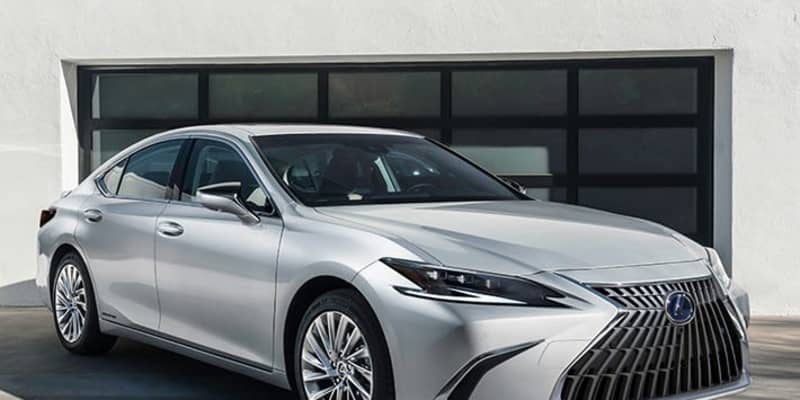 レクサスが新型ESを発表! モダンさを増した新デザインで2021年秋より国内発売へ