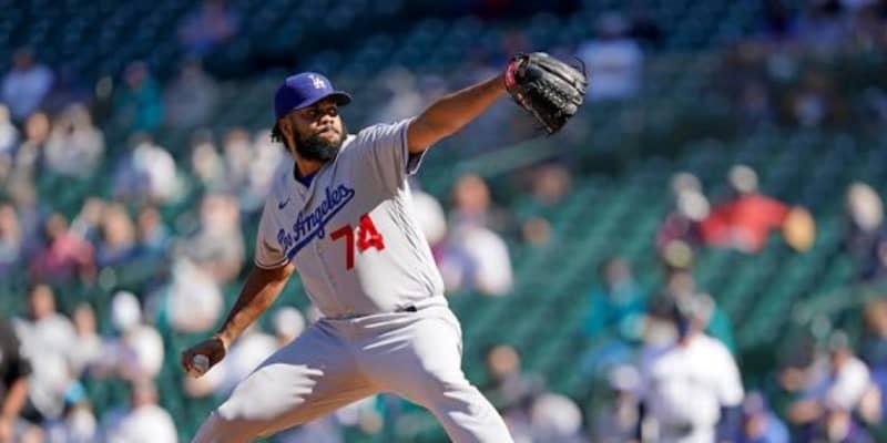 """【MLB】打者の手前で「瞬間移動」 驚愕変化の153キロ""""魔球""""を「打つのは不可能」"""