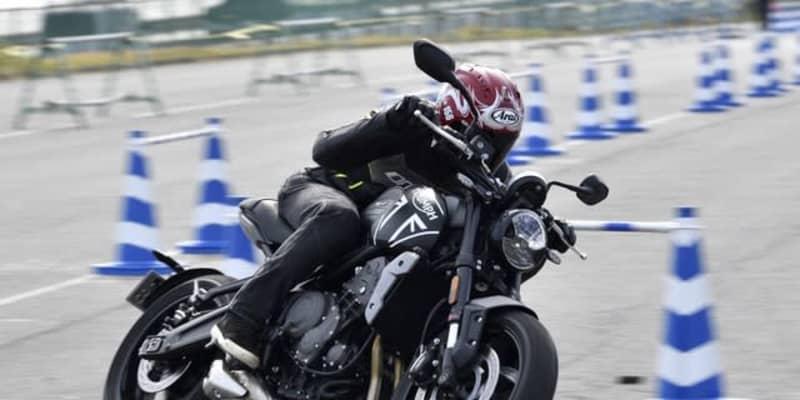 【トライアンフ トライデント660 試乗】2021年モデル、おすすめマシンの筆頭…鈴木大五郎