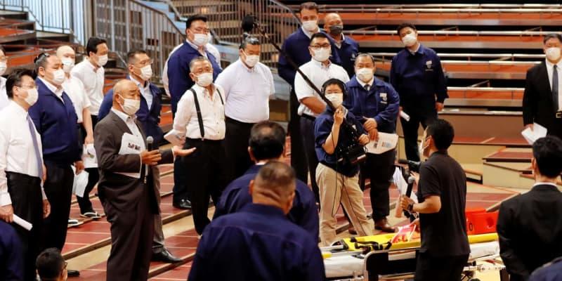 大相撲で応急対応処置講習会 響龍さん死去 初動対応の迅速化が急務