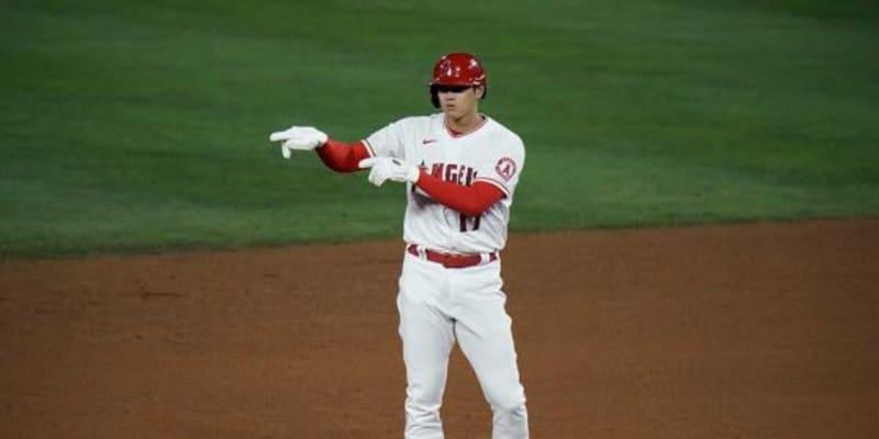 """【MLB】大谷翔平は「スーパーヒューマンだ!」 バットの先で捉えた""""フェン直二塁打""""に敵地驚愕"""