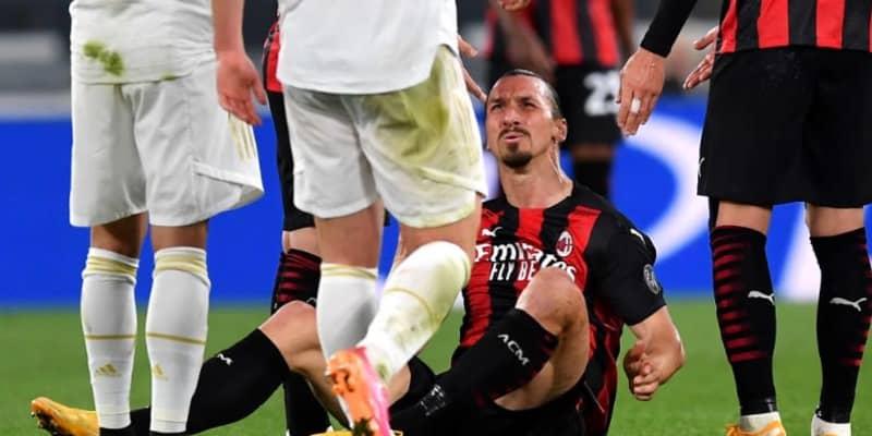「悪夢」 イブラヒモヴィッチ、ヒザ負傷で交代…EURO出場は大丈夫か