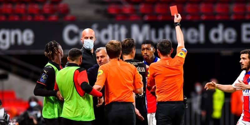 PSG痛い…退場のキンペンベ 「ホモ侮辱発言」でシーズン終了か