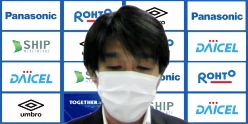 G大阪社長 契約解除告げ宮本監督と握手「将来2度目の監督の可能性も当然ある」
