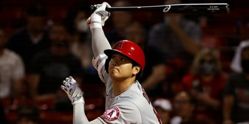 【MLB】「手首をひょいと返しただけで」「ほぼ片足立ちで」大谷翔平の特大11号に衝撃