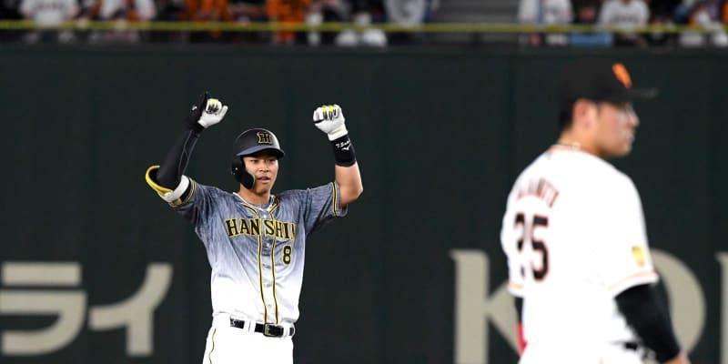 阪神ドラ1佐藤輝、ミスターに並ぶ猛打賞 節目「伝統の一戦」で歴史的3二塁打&3打点
