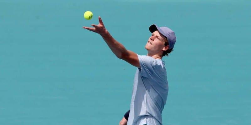 19歳で世界18位のテニス選手が同世代のメンタルヘルスについて語る