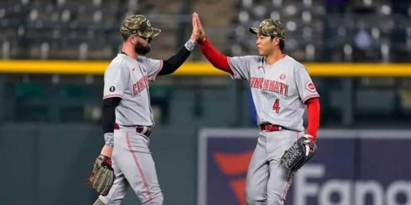 【MLB】「捕るチャンスがないと…」絶望打球を背走キャッチ 秋山翔吾の美技が「美しい」