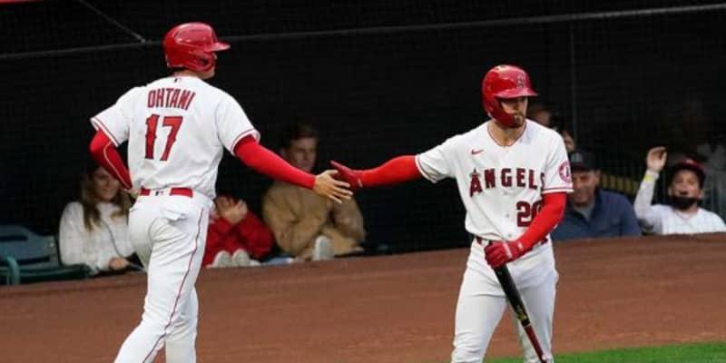【MLB】大谷翔平、初回四球で4試合連続出塁→同点生還 主砲トラウトがアクシデント交代