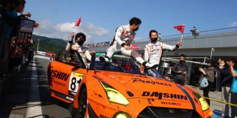 トラブル、アクシデント多発。波乱の24時間は、DAISHIN GT3 GT-Rが制する【スーパー耐久第3戦富士SUPER TEC24時間】